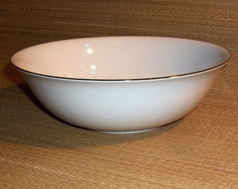 CLOSEOUT  Sango Cantata 9 inch Round Vegetable Serving Bowl, Pattern 6202,  White  Gray Shadow Flowers Perfect Cond.