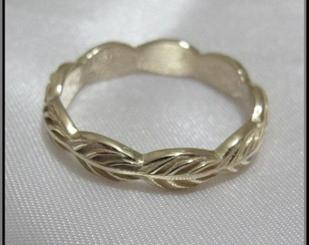 Unique Wedding Band,Wedding Ring,Gold Wedding Band,For her,14k gold Leaf Wedding Band,Unique Wedding Band,Leaves Wedding ring.