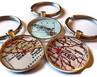 College graduation gift, CUSTOM Map Keychain gift, mom gift, Custom Keychain, Gifts for Best Friends, graduation keychain,