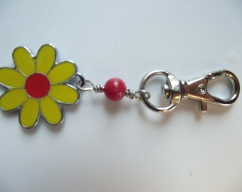 Pet Bling Cat or Dog Daisy Charm
