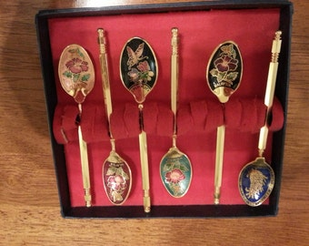 6 Beautiful Spoons