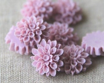 12pcs  of resin chrysanthemum cabochon 18x8mm-Rc0020-6-lilac