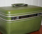 Retro Samsonite Green Travel/Train Case