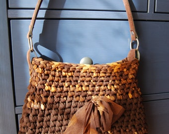 Brown elegant purse