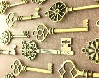 30 Large Skeleton Key Collection antiqued bronze vintage style wholesale wedding decorations