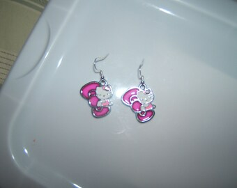 Hello Kitty Pink Bow Earrings