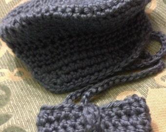 Newsie cap and bow tie