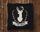 Love is Brave - (Black)