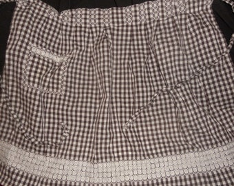 Brown Gingham Vintage Half Apron White Embroidery