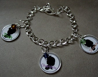 Personalized Heirloom bracelet for Mother or for a Grandmother.