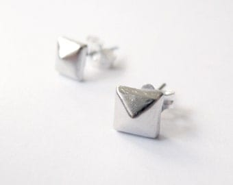 Tiny Silver Square Pyramid Stud Earrings