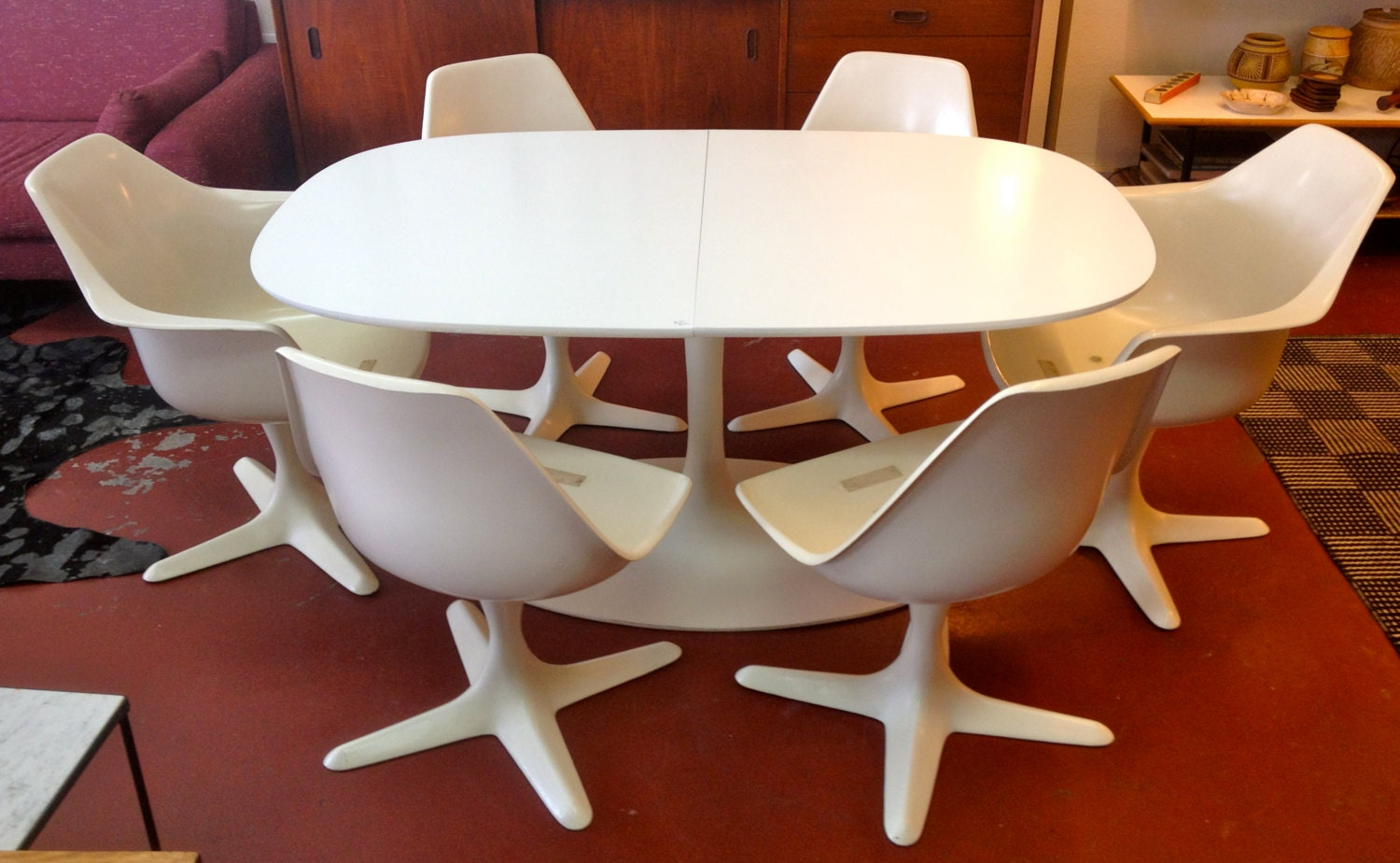 Mid Century Expanding Burke Tulip Table & Chairs by