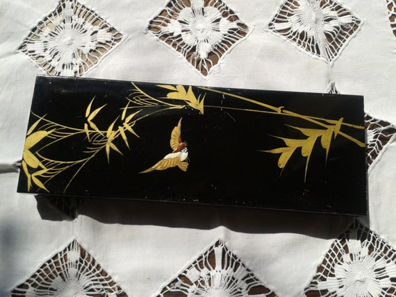 Black Box Birds Hand Painted Tin Box Gold Tone Bamboos #sophieladydeparis