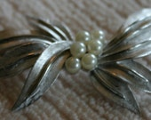 Gorgeous Vintage Signed Crown Trifari c1950 Brooch - Silver Metal Leaves with Six Lustrous Pearls
