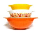 Vintage Pyrex Friendship Bowl Set Cinderella Nesting Bowl, Red White Orange