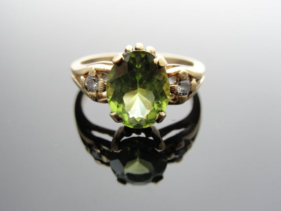 Art Deco Ladies Gold and Peridot Ring with Diamond Accents RGPER104D