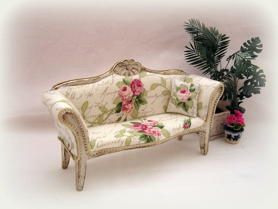 Dollhouse Miniature Shabby Chic Sofa
