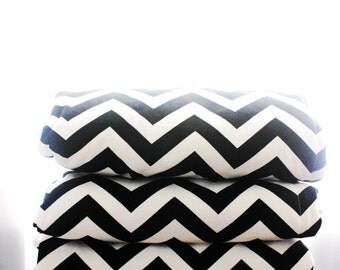 Waterproof Picnic Blanket-Black and White Chevron