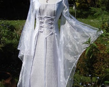 White and lilac  Celtic  goddess medieval renaissance  Handfasting wedding gown / dress 8 TO 14