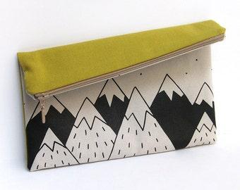 Cotton zipper pouch, toilet bag, handbag screen printed. Mountains Illustration