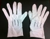 Soul Eater - Inspired Gloves, White Cosplay Gloves, Maka Albarn Cosplay, White Polyester Gloves
