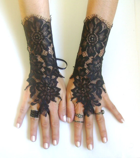 Black lace gloves french lace bridal wedding by glovesbyjana for Lace glove tattoo