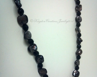 Natural Mother of Pearl Beaded Necklace