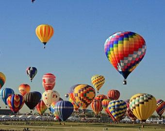 Hot air balloon photography, photos, Albuquerque Balloon Fiesta, flying, color, New Mexico, Val Isenhower
