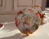 Full of roses dollhouse plate - Twelvetimesmoreteeny