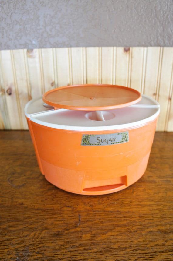 Retro lazy susan kitchen canister set orange rubbermaid for Kitchen set orange