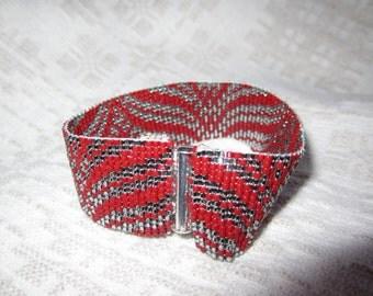 Friendship  cuff  bracelet UNDULATION (medium 7 1/4 inches)