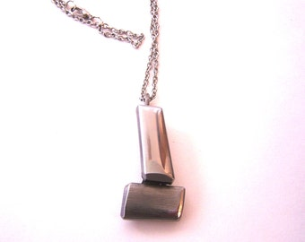 Eco-Friendly Stainless Steel Metal Necklace wih Pendant