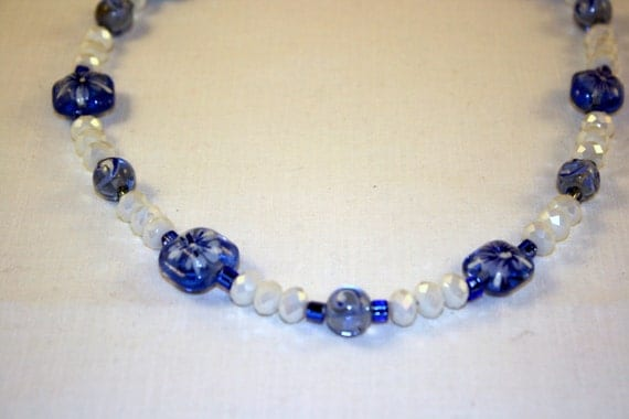 "Blue and white beaded 18"" necklace"