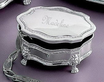 Personalized Classique Silver Jewelry Box (small) - One of our Top Bridesmaids Gifts !