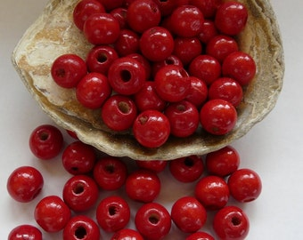 30 Wood Beads Red 12mm