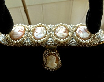 Art Deco  French pigskin cameo beaded purse