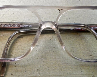 Luxotica Italy mens aviator style frame circa 1970s,80s grey shaded