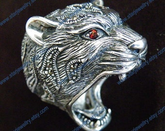 Classic tiger head ring with red gem eyes and crystals 925sterling silver ring