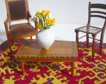 Instant PDF download dollhouse miniature needlepoint carpet  pattern T25