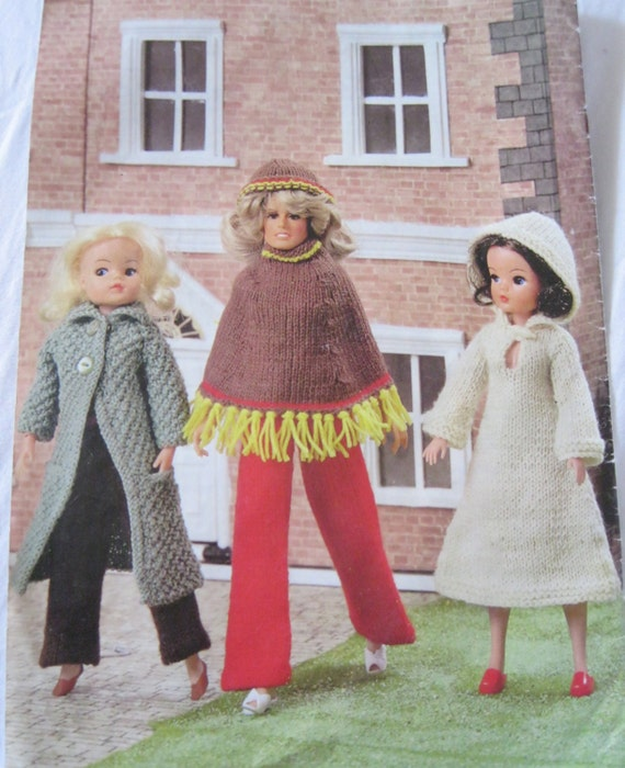 Tiny Tears Knitting Patterns : Items similar to Vintage doll knitting pattern Sindy Tiny Tears Farrah Fawcet...