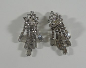 DeLizza & Elster Dangle Earrings