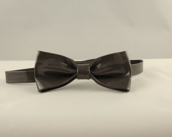Free Shipping. Classy Handmade Grey Patent Leather Bow Tie. Men Bow Tie Casual Formal Party Prom Wedding Groom