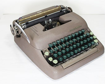 Vintage Smith Corona Silent Portable Manual Typewriter with Case 1950