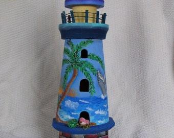 Hawaiian Wooden Lighthouse (Birdhouse)