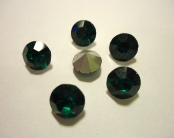 Vintage Glass Round Emerald Dark Green colour foiled rhinestone chaton approx 8mm Austrian- 6 pieces