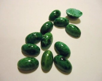 Vintage Glass Oval Mottled Green Opaque flat back Cabochon Stones 10mm x 6mm-12 pieces