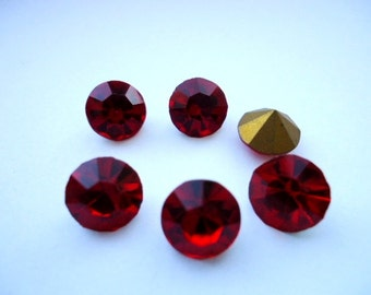 Vintage Glass Round Siam Ruby Red colour Foiled Rhinestone Chaton 8mm pointed back glass jewels- 6 pcs-Vintage Jewellery Making Supplies