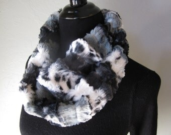 Immediate Free Shipping - Black, White and Gray Faux Fur Infinity Scarf