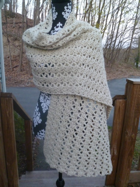 Womens Crochet Wrap/Shawl
