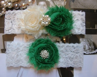 Garter / Wedding Garters / Ivory / Emerald Green / Bridal Garter / Toss Garter / Vintage Inspired Lace Garter / Wedding Garter Set
